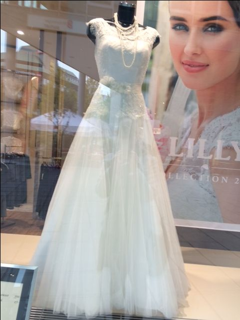 29 best Brautkleider und Schuhe images on Pinterest | Wedding blog ...