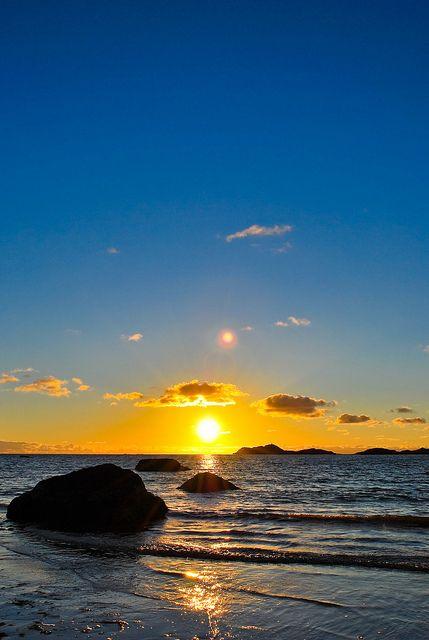 midnight sun in lofoten, norway