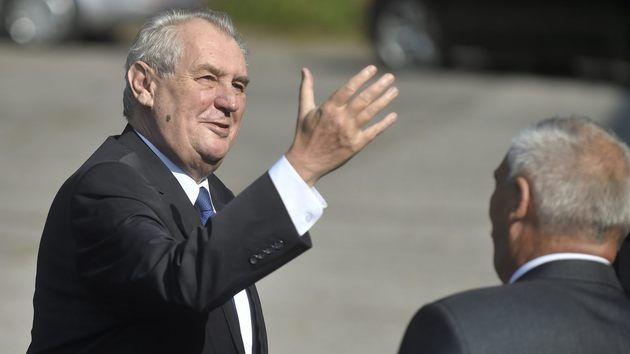 Český prezident v New Yorku. Oznámil tam, že Hynek Kmoníček bude velvyslancem v USA. Zatím bez souhlasu americké administrativy...