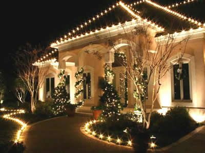 10 best Exterior images on Pinterest Christmas decorating ideas