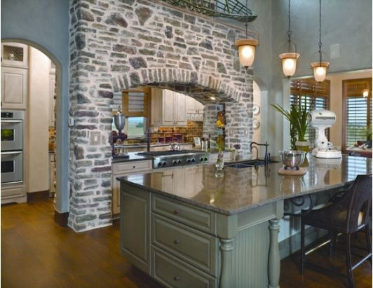 Kitchen Design With Gorgeous Stone Above The Oven