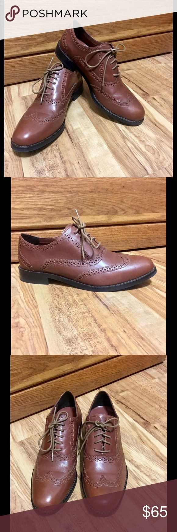Cole Haan Shoe's Cole Haan Women's Brown Leather Wingtips👞👞Oxford Shoe's 👞👞Size 7 1/2 Medium 🎉🎉👞store display! 👞👞Slightly dusty? Never been worn! Cole Haan Shoes
