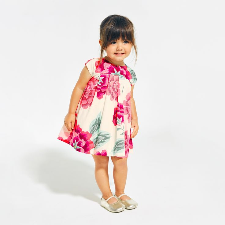 We named this dress (with matching bloomers up to size 18-24m) after our very own Senior Manager of Brand Creative. She grew up in Melbourne, Australia. A fun oversized floral print gives it plenty of creative charm.