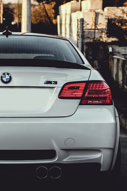 BMW E92 M3, another dream car that id love to own that isn't supercar $$$ lol