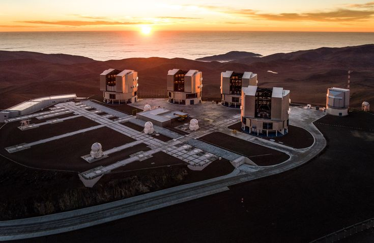 The ESO Very Large Telescope observatory on Cerro Paranal in the Chilean Atacama Desert