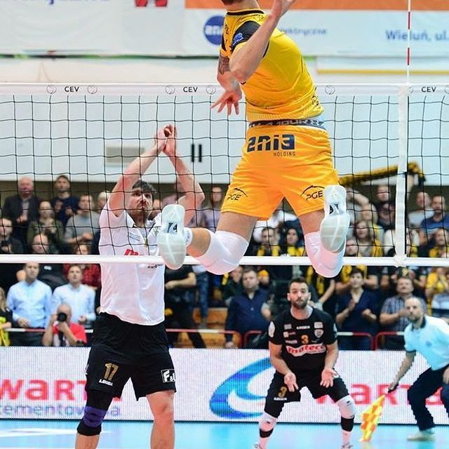 #jump 5 #bartosz__kurek #bartoszkurek
