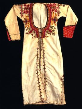 Traditional Clothing from Cyprus from  http://noctoc-noctoc.blogspot.com/2011_02_01_archive.html#