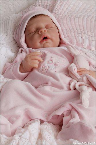 Melissa (silicone baby by Eva Helland)