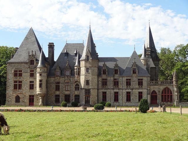 Château du Bois Cornillé►►http://www.frenchchateau.net/chateaux-of-bretagne/chateau-du-bois-cornille.html?i=p