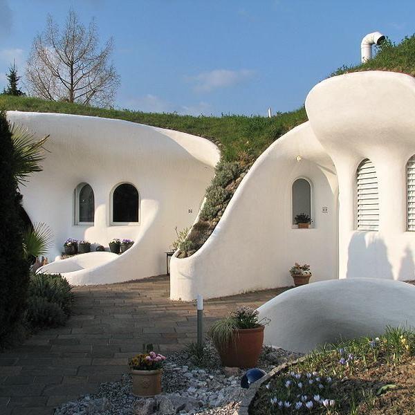 Louisiana Dome House: Casa De La Tierra, En Suiza. El Arquitecto Suizo Peter