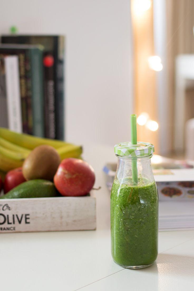 30 dni do zmian. Zdrowy styl życia, koktajle owocowe, zielone koktajle, smoothie, slow food.