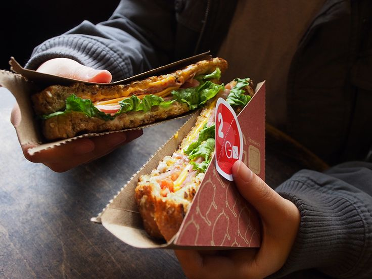 #sandwich to go and share - #package #design