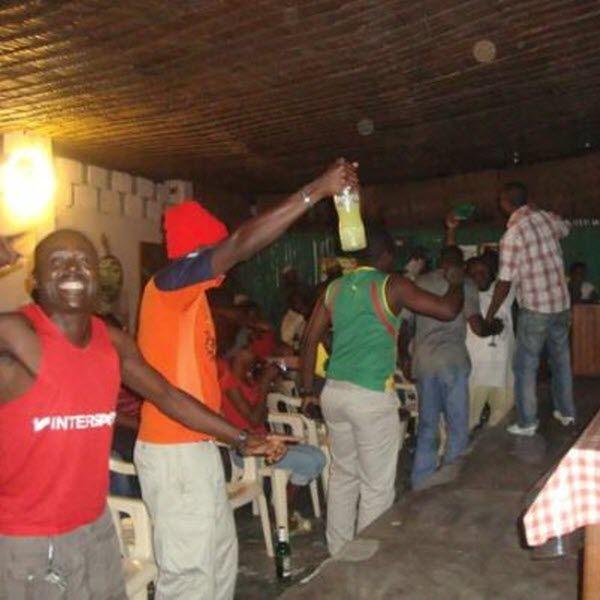 CAMEROUN :: 90% des cartes de contribuable des débits de boisson sont fausses :: CAMEROON