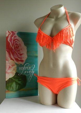 À vendre sur #vintedfrance ! http://www.vinted.fr/mode-femmes/bikinis/29357205-maillot-de-bain-bikini-corail-a-franges