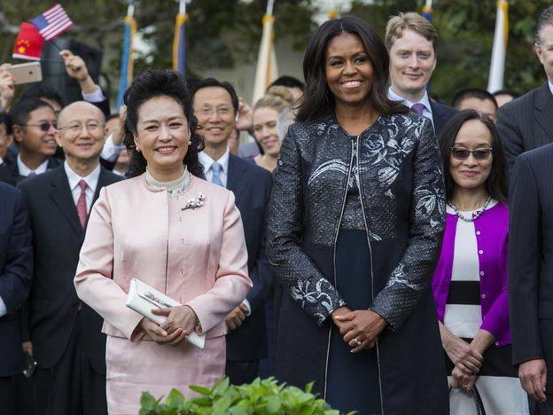 【ELLE】ファッションが国と国とをつなぐ架け橋になること|ミシェル・オバマが、ファッションで本当に伝えたかったメッセージとは?|エル・オンライン