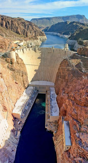 The Hoover Dam (Nevada and Arizona, USA). At its base, the Hoover Dam is as thick as two football pitches! Energy generated by the dam can supply energy for up to 1.7million households!