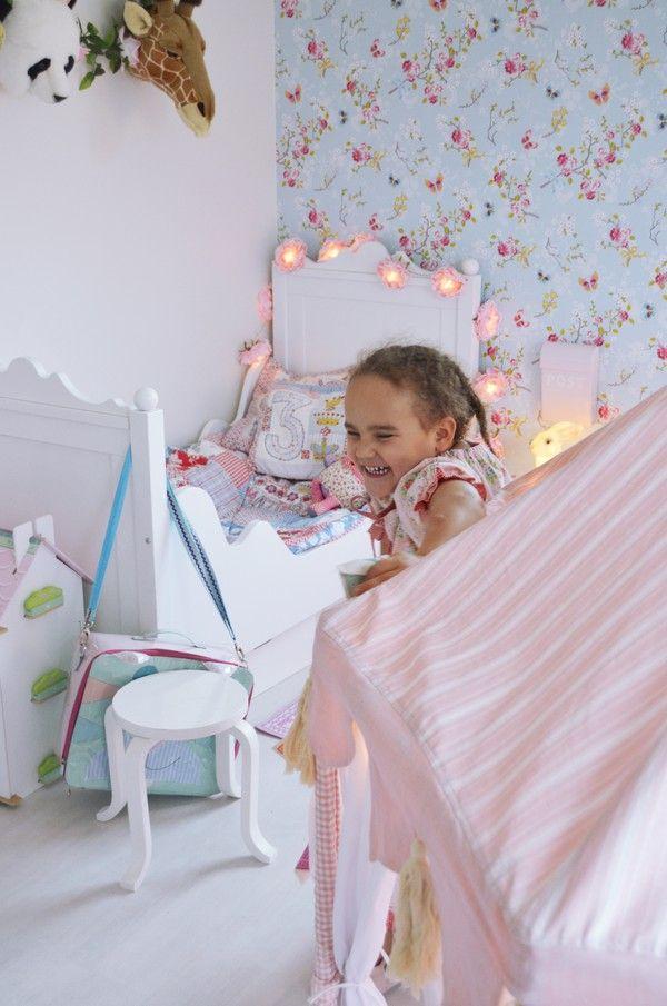Gingerbread House blog, Pip wallpaper, little girl's bedroom, fairy lights