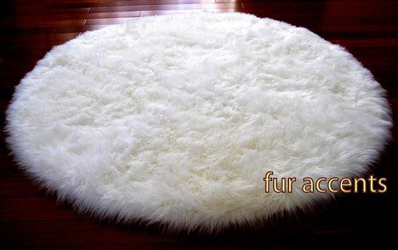7 Foot Diameter Round Area Rug White Faux Fur Accent Rug
