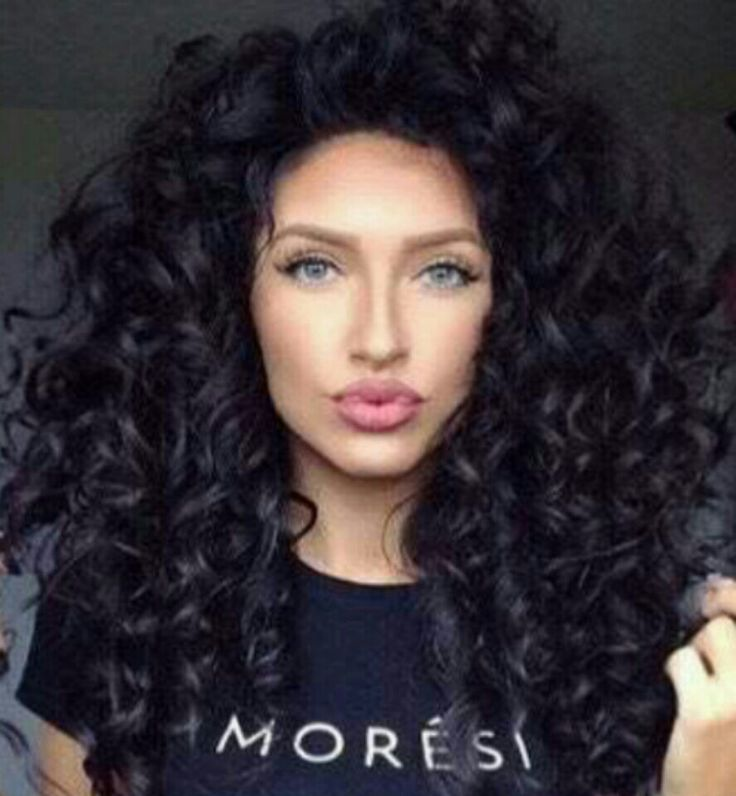 Loose curls with volume
