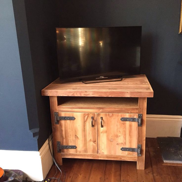 Made to measure reclaimed pitch pine TV unit Rustic Handmade
