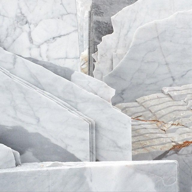 whate marble cuts and natural patterns via karlzahn