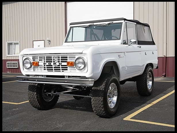 F163 1974 Ford Bronco Sport Photo 1 4WD Ford bronco