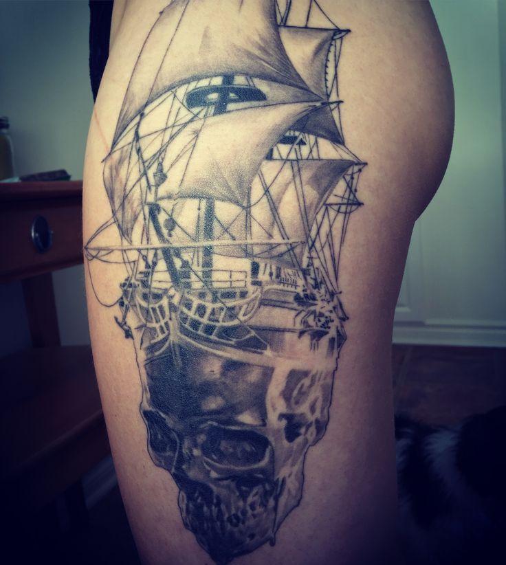 25 b sta id erna om tatouage bateau p pinterest pirate tattoo. Black Bedroom Furniture Sets. Home Design Ideas