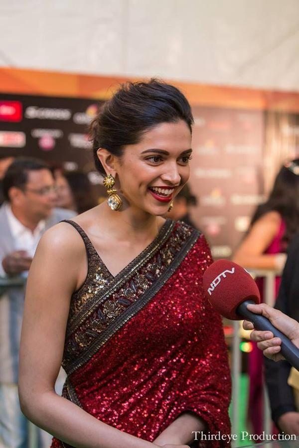 Woman of the year – Deepika Padukone IIFA 2015