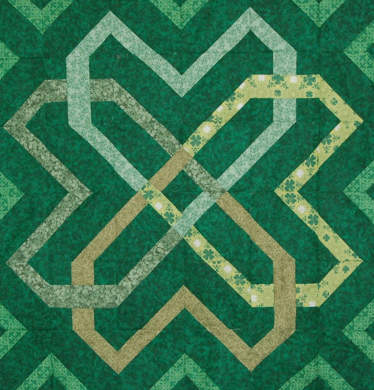 Irish Barn Quilt Patterns : 153 best Celtic quilt patterns images on Pinterest Blue green, Irish knot and Lace