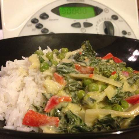 Recipe Thai Red/Green Curry Vegetarian by Simply Thermomix - Recipe of category Main dishes - vegetarian