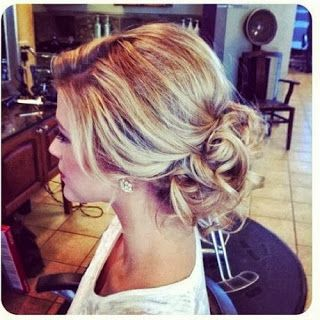 Holiday Party Hair: 52 Ways to Work That Updo  http://www.alwaysdolledup.com/2013/10/hair-inspiration-53-ways-to-work-that.html