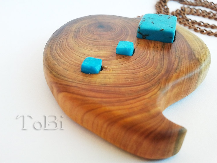 how to make a wooden pendant