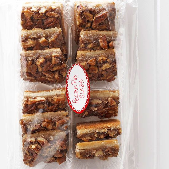 Pecan Pie Slabs Reuse a plastic cookie tray from a cookie package to gift our delicious pecan pie bars. Line the bottom of the tray with 3.25 x 2-inch mini paper loaf liners. Fill the liners with bar cookies. Slide the tray into a clear cellophane bag. Enclose the opening by folding over a piece of scrapbooking paper and stapling it to the bag. Attach sticker tags.