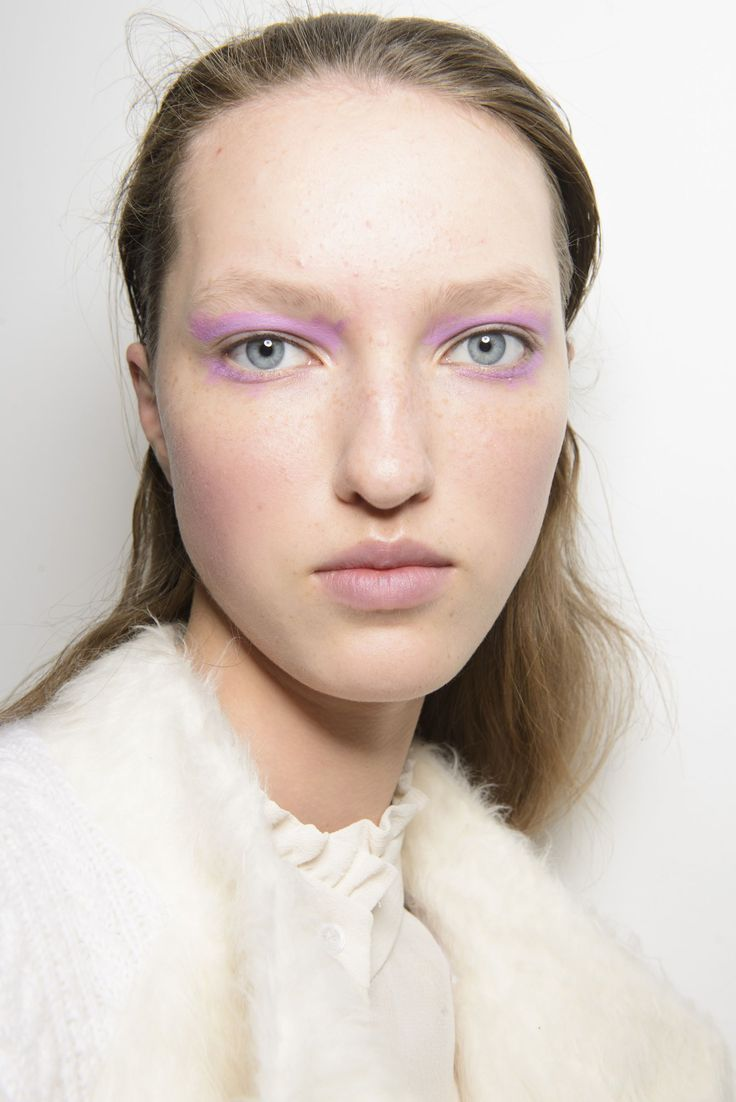Every High Fashion MakeUp Look From Backstage At Fashion Week AW
