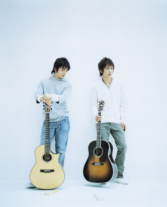 Depapepe, the best of duo guitar player. I want all of their album.