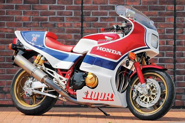 1983 honda cb1100r one of the first modern sportbikes for B and e honda