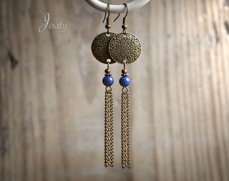 Boucles d'oreilles bronze, perles Lapis Lazuli, estampes et chaînettes