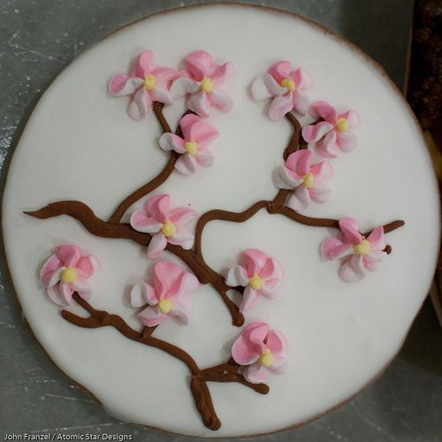 Cherry Blossom Cookie decoration. Beautiful.