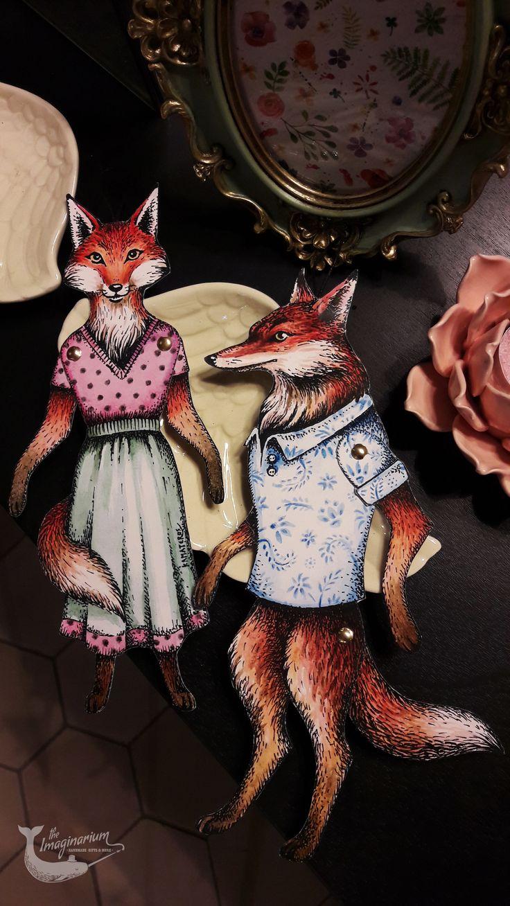 Handmade Mr & Mrs Fox paper puppets by the Imaginarium!