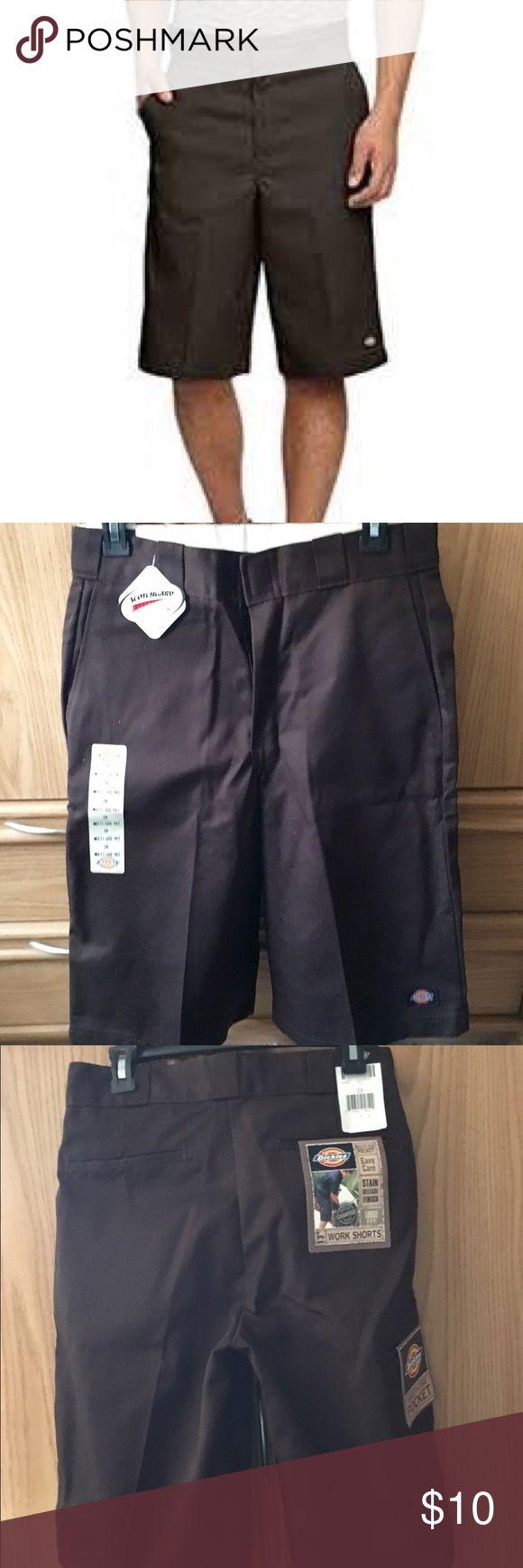 "Dickies Men's Work Shorts Men's Dickies dark brown 13"" multi-use pocket work shorts. Loose fit, flat front, permanent crease. Easy care Scotch Guard stain release finish. Size: 29. Dickies Shorts Flat Front"