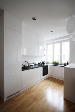 kuchnia do sufity biała