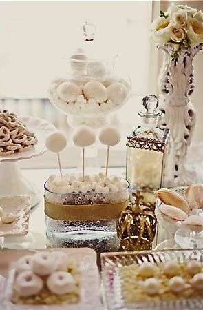 White and gold dessert table. <3