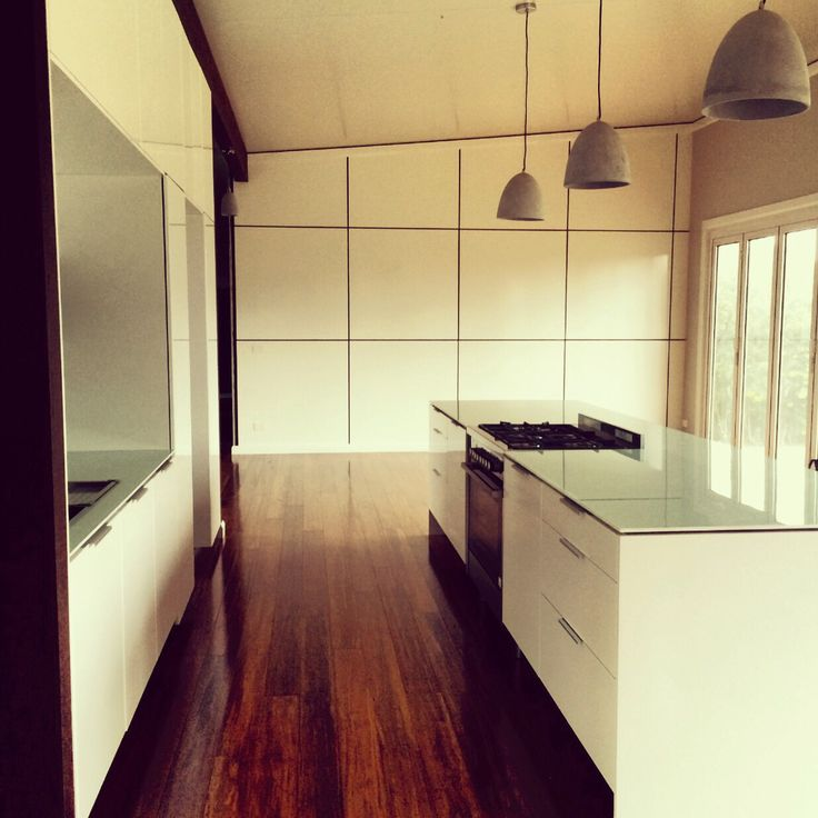 Beautiful kitchen designed by Davina Snyders of Green Draft Design.