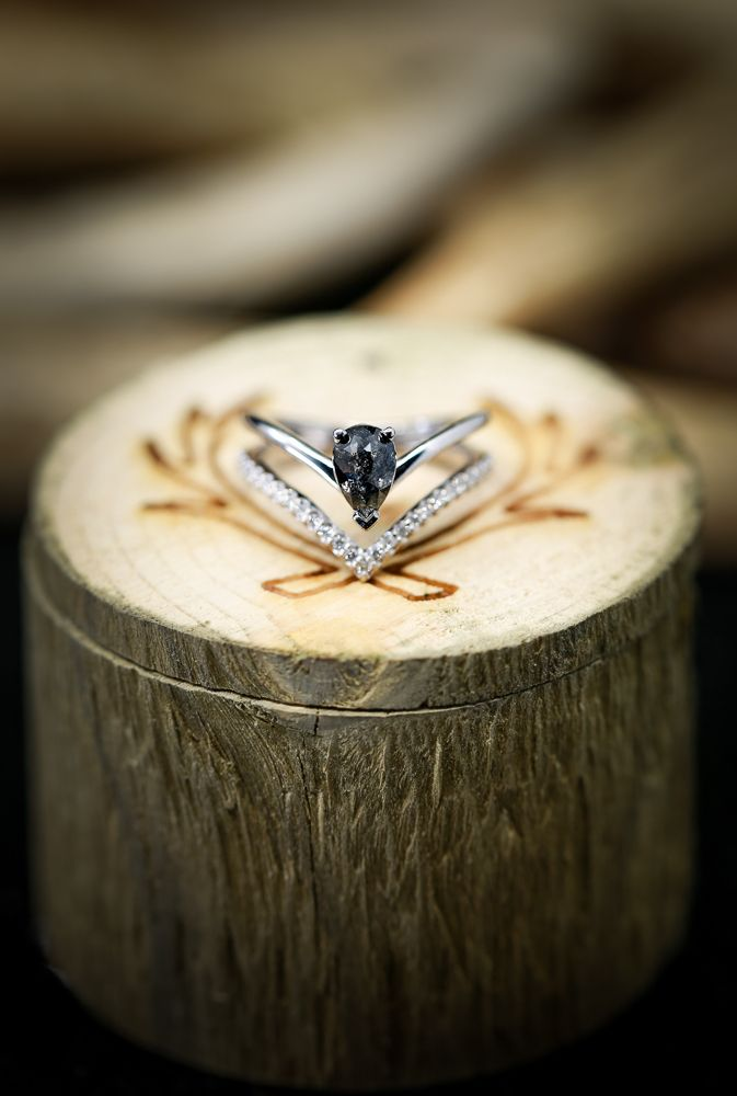 14k Gold Engagement Ring With Salt And Pepper Diamond And Diamond