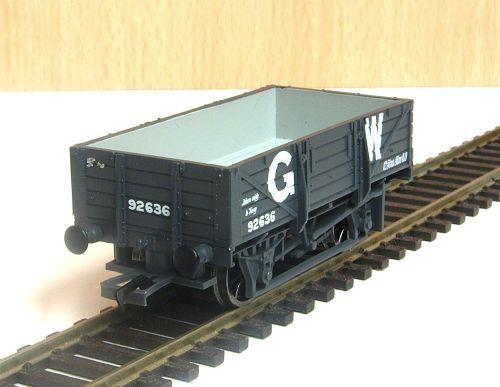 Bachmann 33-090   GWR Flat hooded China clay wagons x3