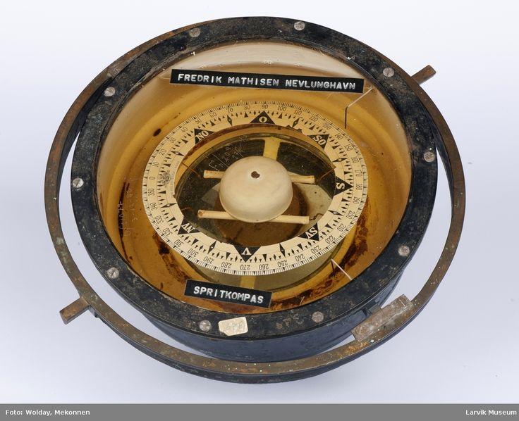 Kompass @ DigitaltMuseum.no