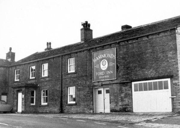 0420 The Ford Inn On Greenfield Road Near Meltham From The 1960s