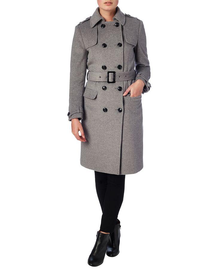 A cosy wool coat with a soft silver lining, button fastenings and small collar. Complete with two flap pockets and epaulettes on the shoulder.