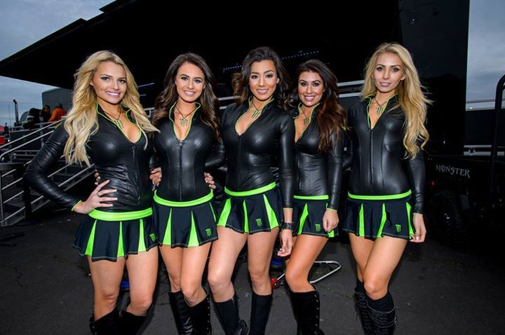 The 2016 Monster Energy Supercross Season comes to an end this weekend in Las Vegas & the #MonsterGirls will be on site to celebrate in style!  Are you ready? #christmasearrings #christmasfashion #christmas2016 #giftforgirls