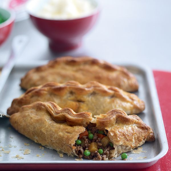 Meat and pastry is a hale and hearty combination and this rich beef pasty recipe is a winner. This is a good recipe to freeze.